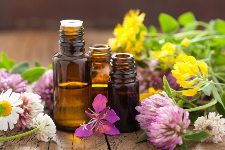 Best Essential Oils for the Skin